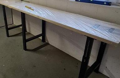 Unser Werkbankgestell WBG im Aufbau und Einsatz - Unser Werkbankgestell WBG im Aufbau und Einsatz