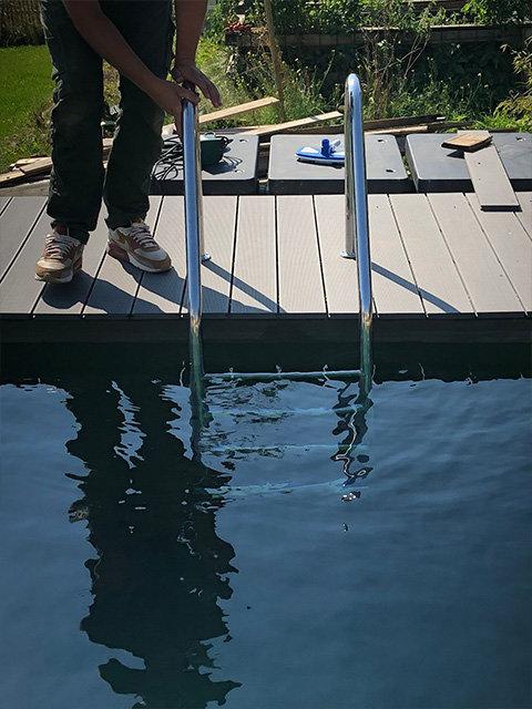 Edelstahl Pooltreppe poliert V2A