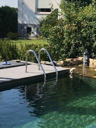 Einstiegsleiter Poolleiter Edelstahl 4-Stufen V2A poliert (1 Stück)