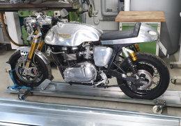 Motorrad vorne Vorderradklemme Radwippe Motorradwippe Motorradklemme Radhalterung Wippe